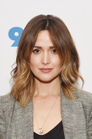 Rose Byrne rocked asymmetrical, ombre waves at the screening of 'The Immortal Life of Henrietta Lacks.'