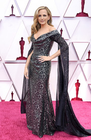 Marlee Matlin looked regal in a silver and black off-the-shoulder gown by Vivienne Westwood at the 2021 Oscars.
