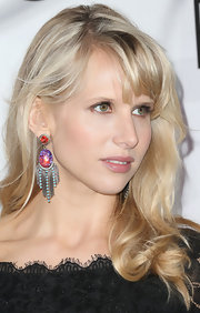 Lucy Punch topped off her look with curled ends and blunt bangs at the Innovation and Inspiration Gala.