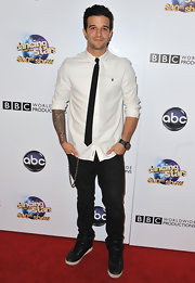 Mark Ballas kept his red carpet look casual but cool with this white button down and black skinny tie.