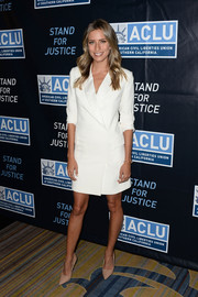 Renee Bargh was sleek and sophisticated in a white blazer dress by Blaque Label at the 2015 Bill of Rights dinner.