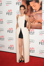 Marion went for an artistic vibe at the 'Rust and Bone' premiere wearing this black-and-white gown with two hem lengths.