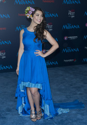 Auli'i Cravalho charmed in a Kiri Nathan fishtail gown in two shades of blue at the premiere of 'Moana.'