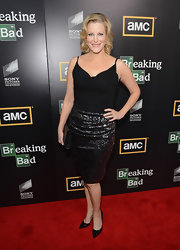 Everything about Anna Gunn's pencil gunmetal skirt was stunning.