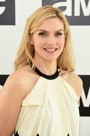 Rhea Seehorn was stylishly coiffed with this feathery 'do at the AMC Summit.