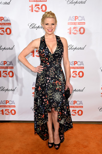 Megan Hilty opted for an ultra-girly high-low floral dress by Alice + Olivia when she attended the Bergh Ball.