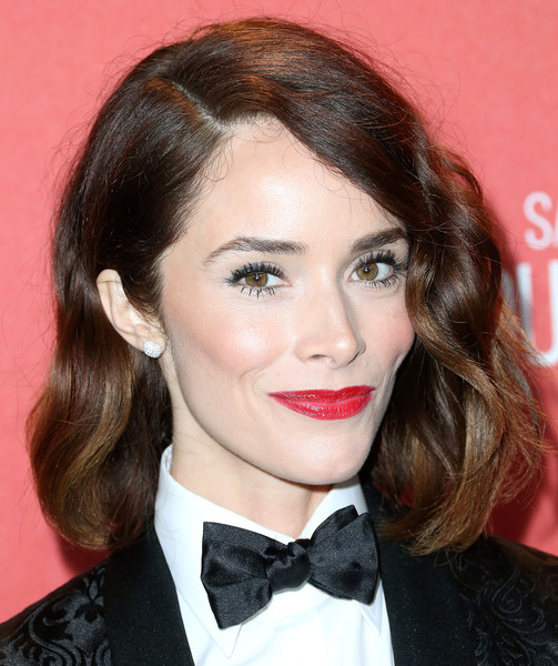 Abigail Spencer Short Side Part [hair,hairstyle,face,lip,eyebrow,chin,beauty,forehead,brown hair,bow tie,abigail spencer,wallis annenberg center for the performing arts,beverly hills,california,screen actors guild foundation 30th anniversary celebration - arrivals,screen actors guild foundation 30th anniversary celebration]