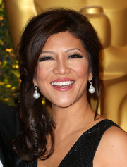 Julie Chen looked very lovely at the Governors Awards with her loose side ponytail.
