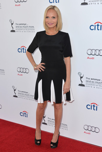 More Pics of Kristin Chenoweth Short Straight Cut (1 of 40) - Kristin Chenoweth Lookbook - StyleBistro