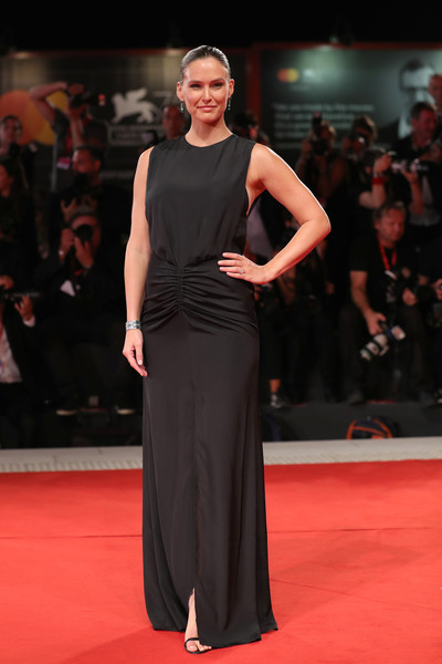 Bar Refaeli kept it simple and classic in a sleeveless black column dress by Manila Grace at the Venice Film Festival screening of 'Ad Astra.'