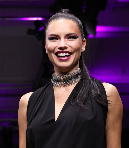 Adriana Lima Diamond Choker Necklace [fashion,beauty,performance,event,fashion accessory,smile,fashion design,jewellery,singer,croydon facelift,maybelline show urban catwalk - faces,runway - maybelline urban catwalk show berlin,runway,new york,germany,vollgutlager,adriana lima]