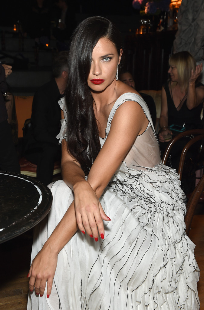 Awesome Long Nails Red Lips Image Collection - Nail Art Ideas ...