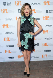 Rose Byrne completed her cute ensemble with a flower-embellished mini, also by 3.1 Phillip Lim.