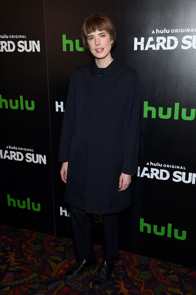 Agyness Deyn Leather Sneakers [series premiere,hard sun series premiere,clothing,green,premiere,carpet,event,outerwear,flooring,fictional character,agyness deyn,hulu,hard sun,new york city,regal union square]