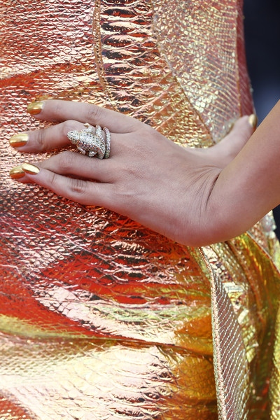 Aishwarya Rai Statement Ring [red carpet - the 72nd annual cannes film festival,pattern,nail,skin,hand,orange,finger,design,mehndi,peach,bangle,aishwarya rai,hidden life,une vie cach\u00e9e,une vie cach\u00e3\u00a9e,screening,cannes,france,cannes film festival on may 19]