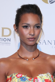 Lais Ribeiro styled her hair into a simple updo for the ARD Foundation's A Brazilian Night benefit.