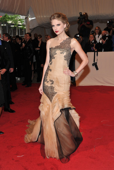 Nude and Black J. Mendel for the 2011 Met Gala