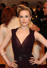 Evan Rachel Wood paired her plum gown with 19th Century diamond pendant earrings in silver on gold.