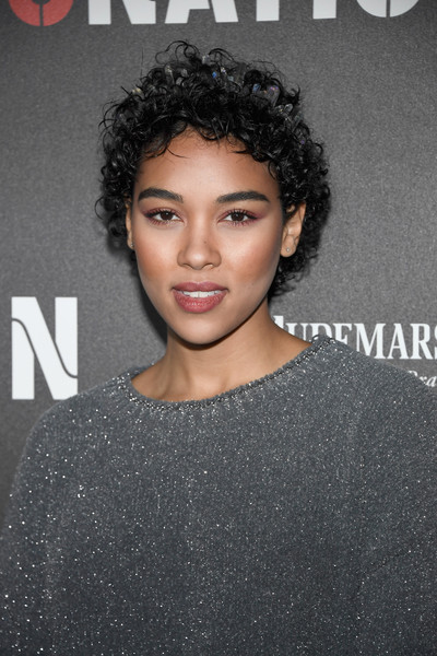Alexandra Shipp Short Curls [hair,face,hairstyle,eyebrow,lip,black hair,beauty,chin,shoulder,forehead,alexandra shipp,roc nation pre-grammy,residence,los angeles,california,red carpet,roc nation pre-grammy brunch]