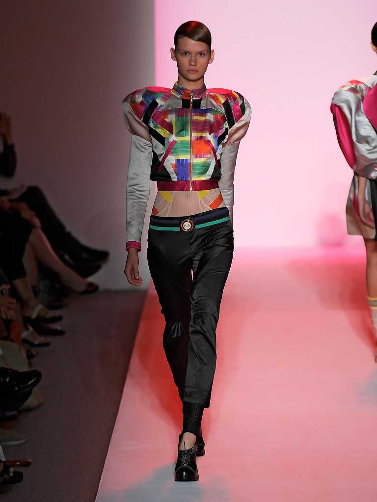 Alexandre Herchcovitch 80s Inspired Clothing On Today 39 S Runways Stylebistro