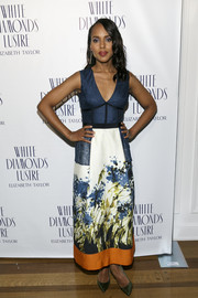 Kerry Washington looked lovely, as always, in a Sophia Kah dress featuring an artful watercolor-print skirt during Alfre Woodard's Oscar's Sistahs Soiree.