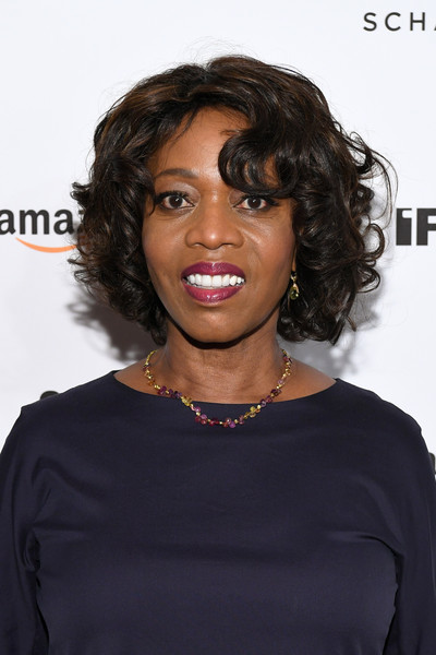 Alfre Woodard Curled Out Bob