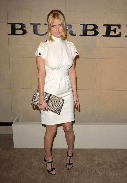 Alice Eve Envelope Clutch [clothing,white,fashion model,shoulder,fashion,dress,cocktail dress,lady,footwear,knee,arrivals,alice eve,beverly hills,california,burberry,burberry body launch,event]