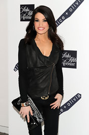 Kimberly Guilfoyle was super chic in her all black look. She spiced it up a bit with a a cute patent leather clutch.