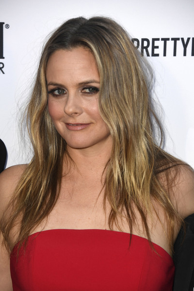 Alicia Silverstone Long Center Part [hair,hairstyle,face,blond,eyebrow,shoulder,long hair,chin,brown hair,beauty,arrivals,beverly hills hotel,california,daily front row,5th annual fashion los angeles awards]