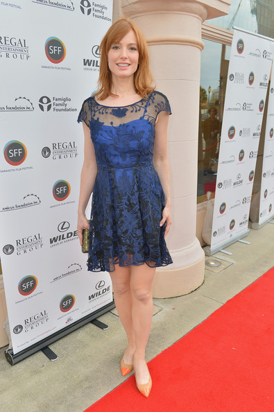 Alicia Witt Clothes