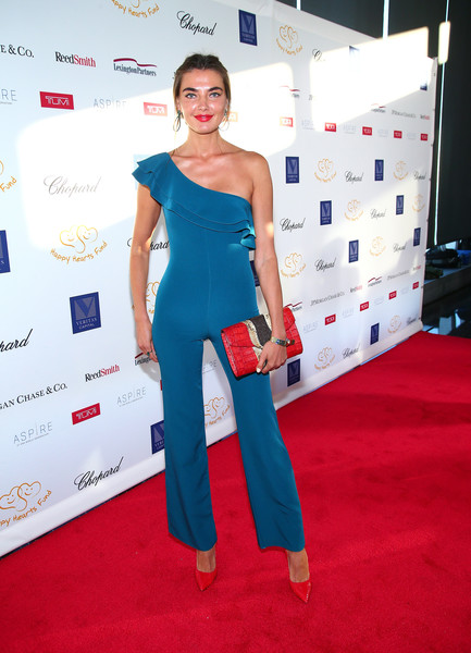 Alina Baikova Leather Clutch [petra nemcova hosts 2017 graduation gala to benefit happy hearts fund at aspire at one world observatory,red carpet,carpet,clothing,shoulder,red,flooring,premiere,cobalt blue,fashion,electric blue,alina baikova,aspire,new york city,happy hearts fund,one world trade center observatory,graduation gala]