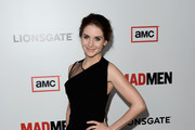 Alison Brie Little Black Dress