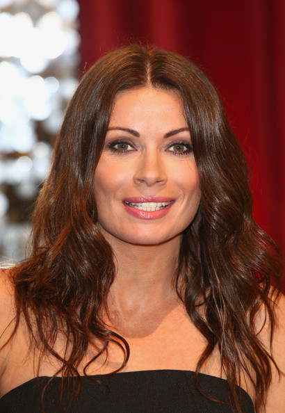 Alison King Long Wavy Cut