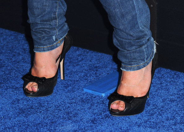 Alison Sweeney Shoes