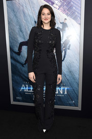 Shailene Woodley was all about relaxed elegance at the 'Allegiant' New York premiere in a black Elie Saab jumpsuit with leaf-motif beading down both sides.