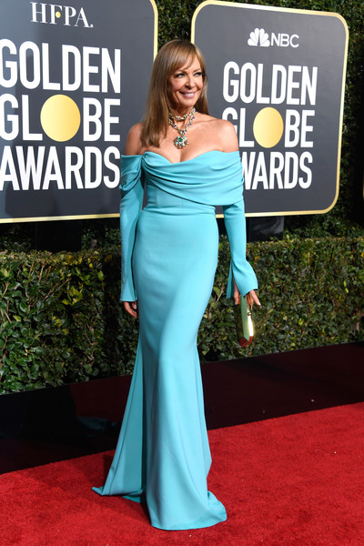 Allison Janney Off-the-Shoulder Dress [flooring,carpet,gown,beauty,shoulder,joint,red carpet,dress,electric blue,fashion,arrivals,allison janney,the beverly hilton hotel,beverly hills,california,golden globe awards]