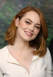Emma Stone opted for a casual mid-length bob when she attended the screening of 'Aloha.'
