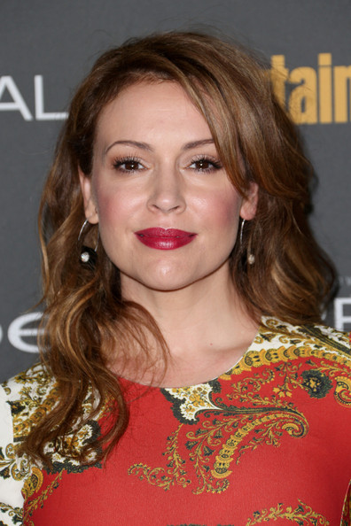 Alyssa Milano Medium Wavy Cut with Bangs