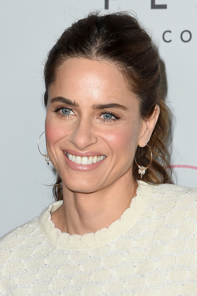 Amanda Peet Ponytail [the beguiled,hair,face,eyebrow,hairstyle,skin,chin,lip,beauty,forehead,smile,amanda peet,new york city,the metrograph,new york premiere]