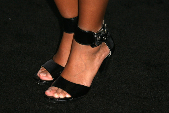 Amandla Stenberg Shoes