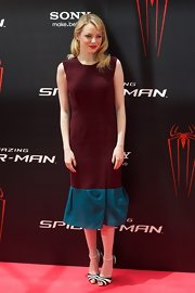 Emma looked simply pretty in this two-tone maroon and turquoise dress at the Madrid press conference for 'The Amazing Spider-Man.'