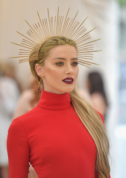 Amber Heard Headdress