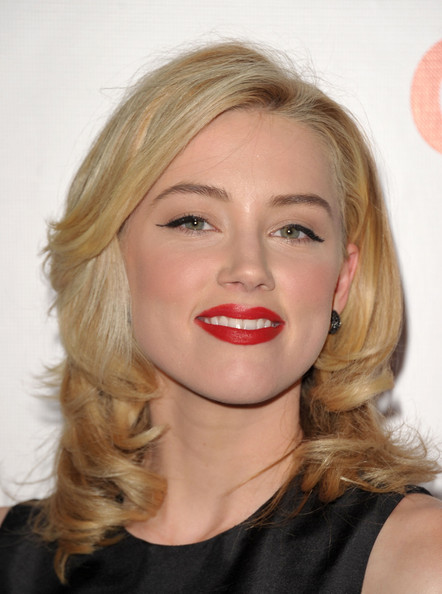 Amber Heard Medium Layered Cut