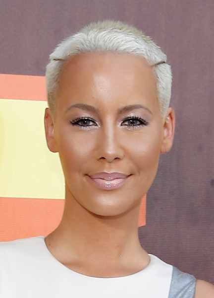 Amber Rose Buzzcut [red carpet,hair,face,eyebrow,hairstyle,forehead,chin,skin,lip,head,cheek,amber rose,mtv movie awards,california,los angeles,nokia theatre l.a. live]