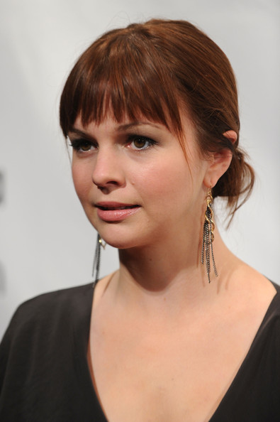 Amber Tamblyn Dangling Chain Earrings