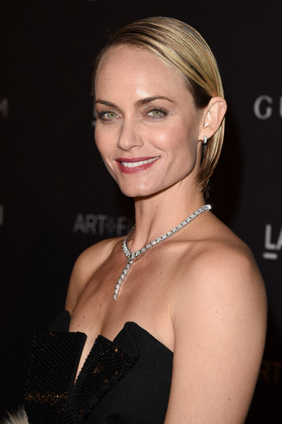 Amber Valletta Side Parted Straight Cut [hair,hairstyle,face,blond,eyebrow,shoulder,chin,beauty,dress,cocktail dress,amber valletta,james turrell,alejandro g inarritu,lacma,california,los angeles,gucci,red carpet,lacma 2015 art film gala]