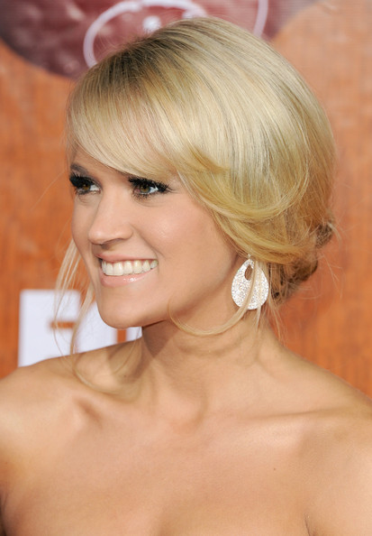 More Pics of Carrie Underwood Strappy Sandals (1 of 22) - Carrie Underwood Lookbook - StyleBistro