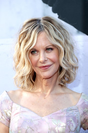 Meg Ryan sported her signature curled-out bob at the AFI Life Achievement Award Gala.