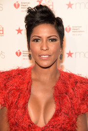 Tamron Hall styled her hair into a messy fauxhawk for the 2016 Go Red for Women show.