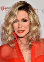 Donna Mills looked fab with her high-volume waves at the American Heart Association Go Red for Women event.